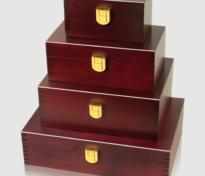 Wholesale urn line-up, CM style